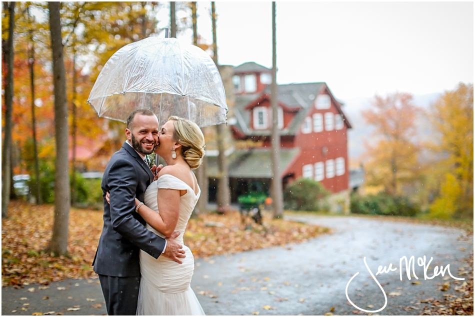 oak lodge pa wedding-rainy day oaklodge