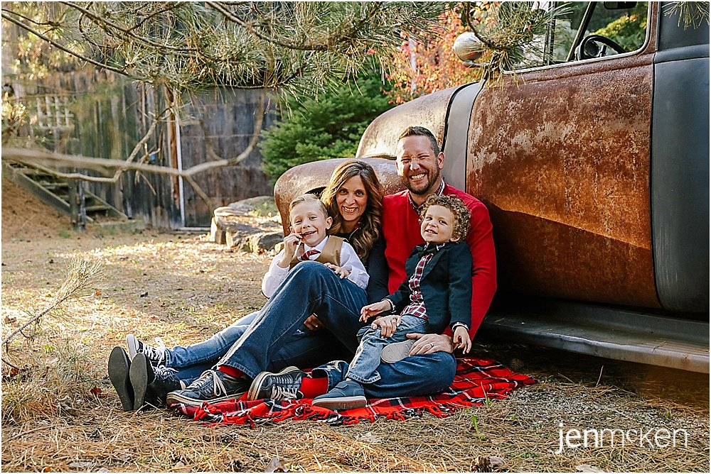 indiana pa holiday family pictures with vintage truck