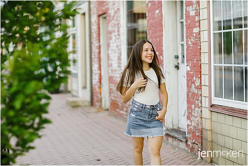 urban and rustic senior photography franklin regional high school senior