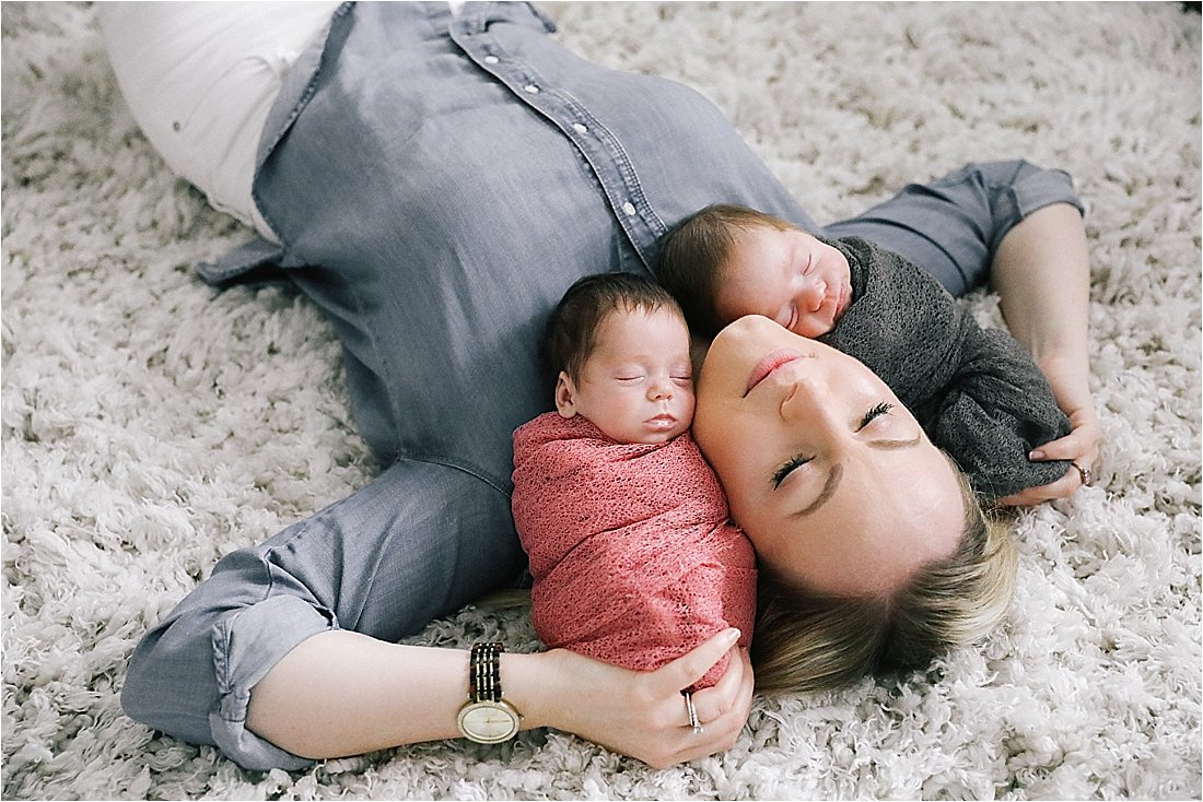 twin newborn lifestyle session in indiana pa