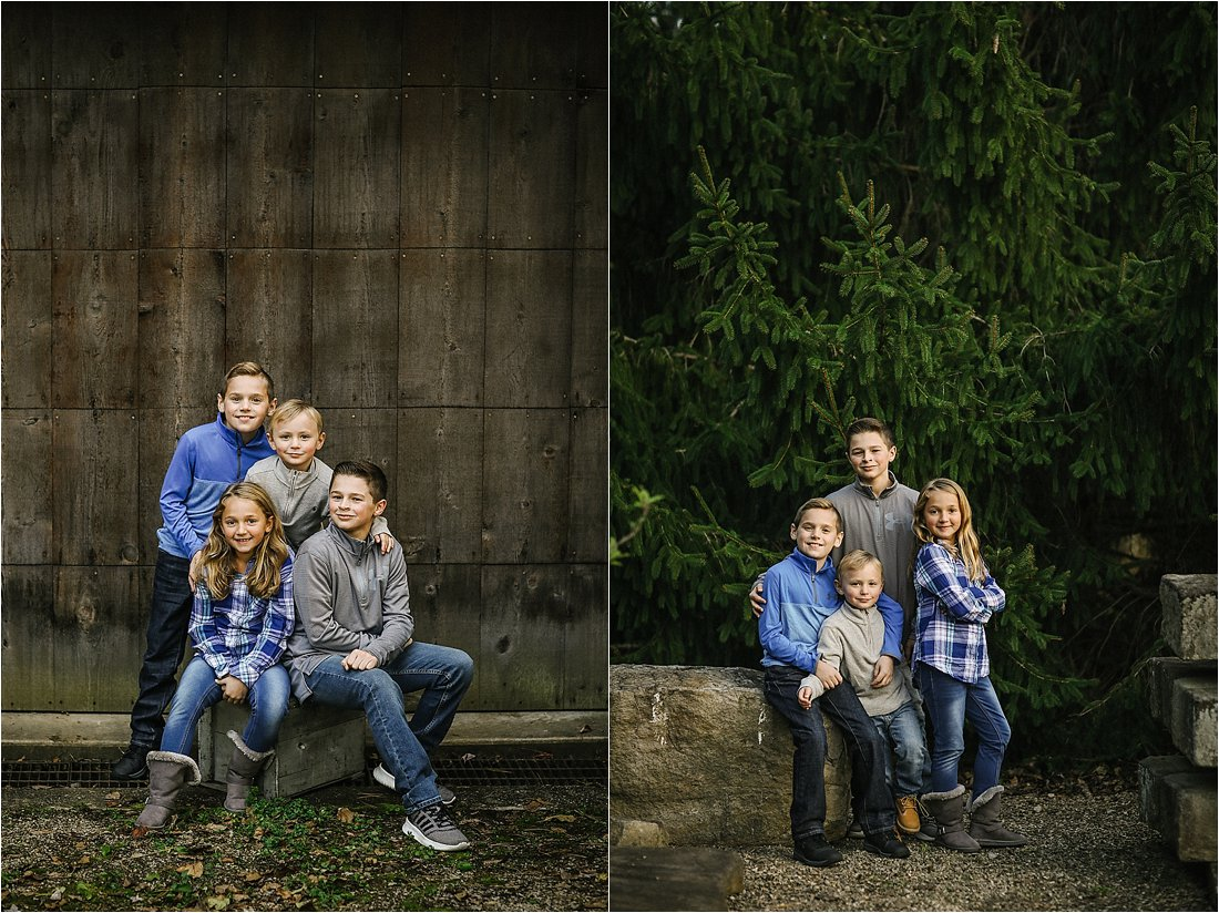 family photos with cousins in the fall